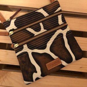 Dooney & Bourke Nylon Triple Zip Crossbody Giraffe